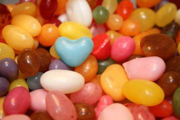 Süßigkeiten selber mischen mit selbst gestaltetem Etikett
