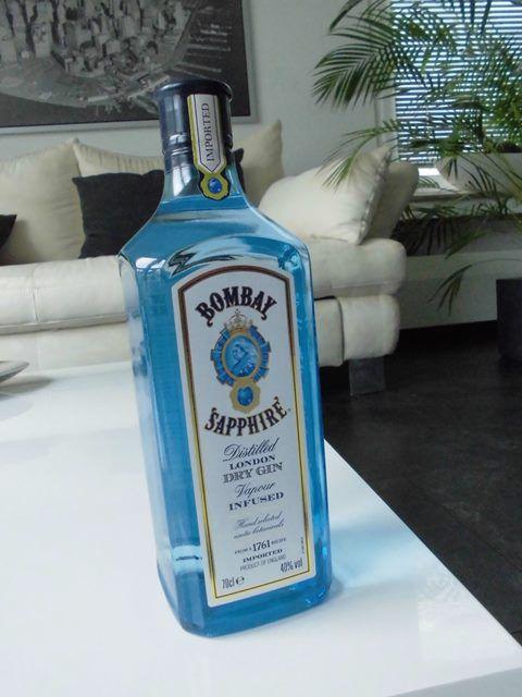 Das Kernstück Eures Gin Geschenks - Die Gin Flasche